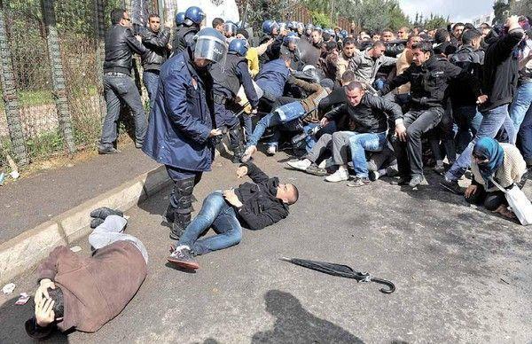 La police réprime les étudiants à Ben Aknoun: l'ENSJ dénonce